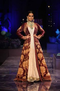 J.J valaya collection, Indian, Indian dress, Indian Bridal, bridal gown, bridal dress, asian, fashion, couture