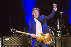 Concert review: Paul McCartney dazzles Grand Rapids with stupendous performance | MLive.com
