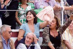 María del Carmen Martínez-Bordiú y Franco (26 de febrero de 1951, Madrid), más conocida como Carmen Martínez-Bordiú o la nietísima, y anteriormente como Carmen Rossi, es una de las nietas del General Franco. Actualmente, se ha convertido en un personaje mediático español asiduo a la llamada prensa del corazón y colaboradora de televisión. Duquesa de Cádiz durante su matrimonio con Alfonso de Borbón y Dampierre (1972-1982).