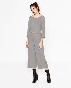 Immagine 1 di TOP CROPPED PIED DE POULE di Zara