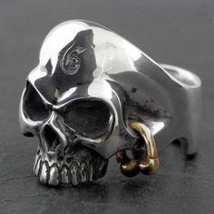 Baby Sies: Golden ice Cal (skeleton / skeleton) silver ring / ring lapping free of charge Gold Rings Jewelry, Skull Jewelry, Sea Glass Jewelry, Sterling Silver Jewelry, Diamond Jewelry, Skull Rings, Gold Jewellery, Jewlery, Dreamland Jewelry