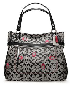 Low cost real Coach handbags, all models of Coach purses and handbags at cheap rates. Shop many brands of designer purses and handbags at cheap prices. Discount Coach Bags, Coach Handbags Outlet, Cheap Coach Bags, Coach Outlet, Coach Purses, Purses And Handbags, Large Handbags, Tote Handbags, Coach Poppy
