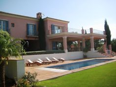 Villa for rent in Sotogrande Alto with magnificent views of the sea and golf courses Zone F