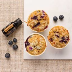 Blueberry Wild Orange Muffins with Wild Orange Essential Oil - With a zesty zing from the citrus and delectable sweetness from blueberries and honey, these muffins are like a sunrise in your mouth. Doterra Wild Orange, Wild Orange Essential Oil, Cooking With Essential Oils, Doterra Essential Oils, Doterra Blog, Doterra Products, Orange Muffins, Doterra Recipes, How To Cook Asparagus