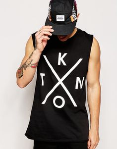 Imagen 1 de Camiseta larga sin mangas con sisas caídas y estampado de ASOS