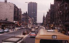 Der goldene Westen sah übrigens 1979 so aus in der Schlosstraße Steglitz: Olle Fassaden, viele Altbauten und keine Bäume.