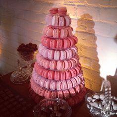 Torre em tons de rosa