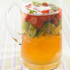 ESSEN & TRINKEN - Erdbeerbowle Rezept