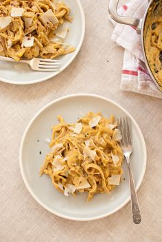 Pumpkin Fettuccine Alfredo. This sounds so good and so pumpkin-y (I always want pumpkin in fall)!