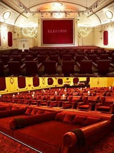 10 Amazing Movie Theaters Movies Palaces