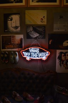 Love #NeonSigns in my haus. Currently just have a N, but highly need to support my fav sneaker #Vans