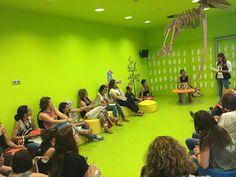 Continuem amb els tallers de dinamització lectora #Esparreguera #quèfemalesbiblios #JDL17 Basketball Court, Sports, Hs Sports, Sport