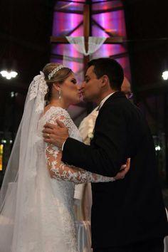 Mariana Gamberini  #vestidosdenoiva #casamento #wedding #bride #noiva #weddingdress #weddingdresses #bridal