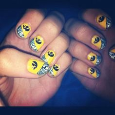 IOWA HAWKEYE fingernails :)