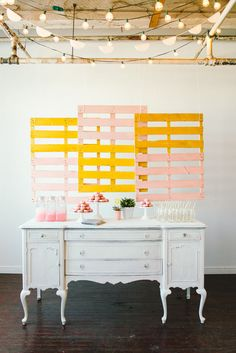 Amanda Rydell Summer Dessert Table Inspiration-Hang pallets as a backdrop to a desser Pallet Backdrop, Photo Booth Backdrop, Backdrop Ideas, Dessert Party, Dessert Tables, A Little Party, Decoration Inspiration, Backdrops For Parties, Wedding Backdrops