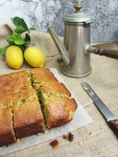 Pineapple and Mint: Lemon cake, oatmeal and poppy seeds