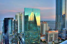 #Miami es una ciudad que constantemente evoluciona. Modernos edificios constituyen sus paisajes urbanos.