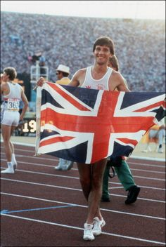 Team GB champion Sebastian Coe holds up the Union Jack on the track after winning the Olympic Men' s final event, in Los Angeles Olympic Games 1984 Team Gb Olympics, 1984 Olympics, Summer Olympics, Sebastian Coe, Commonwealth Games, Olympic Champion, Winter Games, Sports Stars, Sport Man