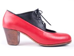 Candela Soto #Flamenco #shoes for professional dancers. Choose combination of colors and materials at Artefyl.com