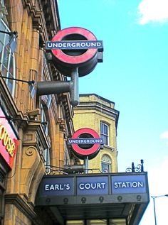 Our tube station - Earls Court, London, England, UK - Descubre Londres: www.blogdelondres.es