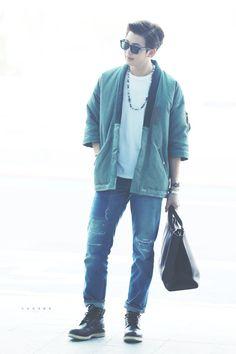 Namjoon é um modelo só o fila