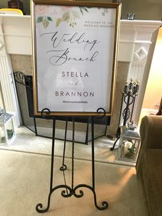 Beautiful gimd frame with a personalized sogn or seating chart. We bring the easel too!!