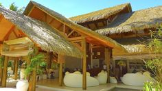 Why Palmex - Tikimundo Artificial Palm Leaves, Outdoor Cooking Area, Types Of Architecture, Shower Cabin, Modern Roofing, Open Market, Modern Architects, Thatched Roof, Beach Bars