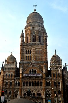 Mumbai Municipality Office in a Heritage Building Revival Architecture, Baroque Architecture, Religious Architecture, Delhi Red Fort, Indus Valley Civilization, Bay Of Bengal, Arabian Sea, San Fransisco, Bollywood