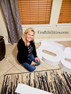 GIANT mosaic numbers / letters filled with balloons - Party decoration idea - DIY How to make tutorial - birthday Giant Letters, Cardboard Letters, Diy Letters, Birthday Balloon Decorations, Diy Party Decorations, Birthday Balloons, Diy Birthday Number, Spongebob Birthday Party, Giant Number Balloons