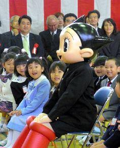 Astro Boy at school Astro Boy, Cute Characters, Disney Characters, Fictional Characters, Atom Project, Fighting Robots, Jack Black, Travis Scott, Doraemon