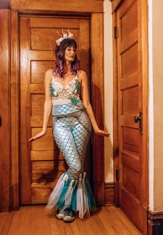 DIY Mermaid costume @galavantgal