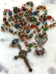 Rosary Prayer, Holy Rosary, Prayer Beads, Diy Rosary Necklace, Rosary Beads, Beaded Necklace, Catholic Jewelry, Rosary Catholic, Catholic Christening