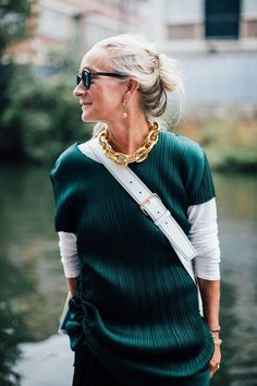 Midlife chic over 40s outfit. Love the gold chain and layering aspect of this outfit. Stunning.
