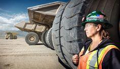 Женщины на тяжелой мужской работе « FotoRelax