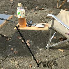 #長瀞オートキャンプ場 の #ペアフェスタ でグループのテントサイトまで @hiro4project さんがサイドテーブルFを訪問販売に来たのでメンバーで #大人買い #シンプル な構造ながら #機能 - yask1024