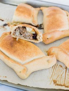 Beef Empanadas, Chilean Recipe The most traditional Chilean empanada with the perfect dough and filling. Beef Empanadas, Empanadas Recipe, Chilean Empanada Recipe, Chilean Recipes, Chilean Food, Salted Caramel Fudge, Salted Caramels, Pinoy Food, Gastronomia