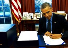 THE RAT RUNS THE TREADMILL: Obama knows that Donald Trump will undo just about everything he put in place. So now he has just set a new record for rules and regulations, with his administration spitting out 527 pages worth in just one day, as he races to put his fingerprint on virtually every corner of American life and business. #Obama http://www.nowtheendbegins.com/desperate-legacy-barack-obama-releases-527-pages-new-regulations-one-day/