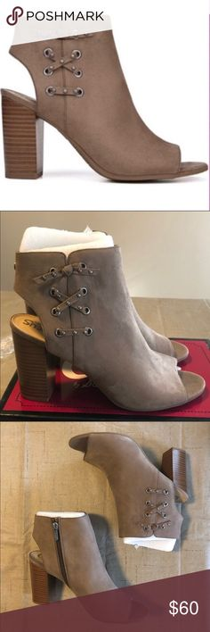 Brand New With Box Sam /& Libby Women/'s Fringe Cowboy Ankle Boots Brown