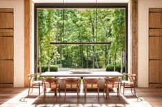 D. Stanley Dixon Architect | Contemporary Barn Dining Room Walls, Dining Room Design, Contemporary Barn, Modern Barn, Modern Rustic, Piece A Vivre, Mountain Homes, Room Wall Decor, Home And Deco