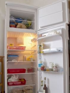 Nettoyer son réfrigerateur de fond en comble : Les meilleures astuces de grand-mère pour nettoyer votre cuisine - Linternaute