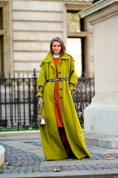 Landiana Cerciu wears a green coat, an orange dress, a Furla bag, during London Fashion Week September 2018 on September 2018 in London, England. Street Style 2018, Spring Street Style, Cool Coats, Green Coat, Orange Dress, Cool Street Fashion, Fashion Outfits, Womens Fashion, Dressing