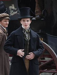 Dressed just as a lad ought to be! Return to Cranford | 2009