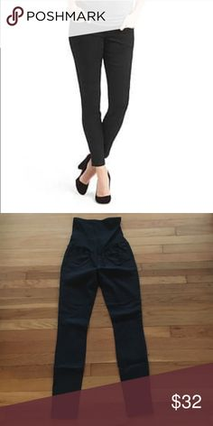 GAP Maternity Legging Jean 26 / 2R in black Great for pregnancy. GUC. From a pet-free, smoke-free home. GAP Pants Skinny