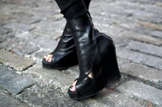 I'm no longer here for the peep toe boot, however, these are gorgeous. #shoes #fashion #wedges