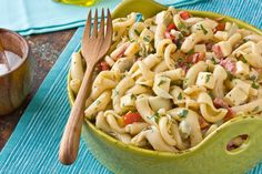 Recipe: Pasta Salad with Smoked Gouda, Roasted Red Peppers & Artichoke Hearts