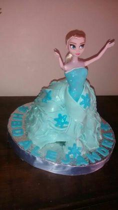Cake Doll Elsa Frozen.