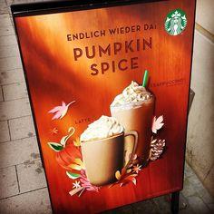 Und es geht schon wieder los xD Nicht mal September wo sind die Dominosteine???   #starbucks #pumpkinspice #pumpkinspicelatte #pumpkinspiceeverything #coffee #latte #alittleearly #notautumnyet #autumn