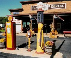 Old Gas Station - Ottawa County, OH - directly off the Ferry.