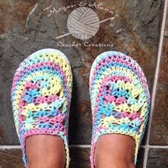 Crochet Flip Flop Slippers by: Megan & Alana's Crochet Creations www.facebook.com/MegansCrochetCreationsAB Bernat Cotton in Candy Sprinkles My Own Modified Pattern adapted from Make & Do Crew