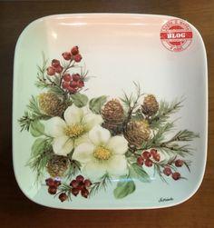 Christmas China, Christmas Dishes, Christmas Art, Christmas Decorations, Plant Painting, China Painting, Ceramic Painting, Hand Painted Ceramics, Porcelain Ceramics
